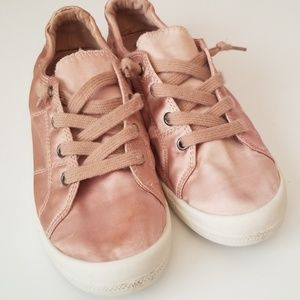 FREE WITH PURCHASE Mad Love Pink Sneakers